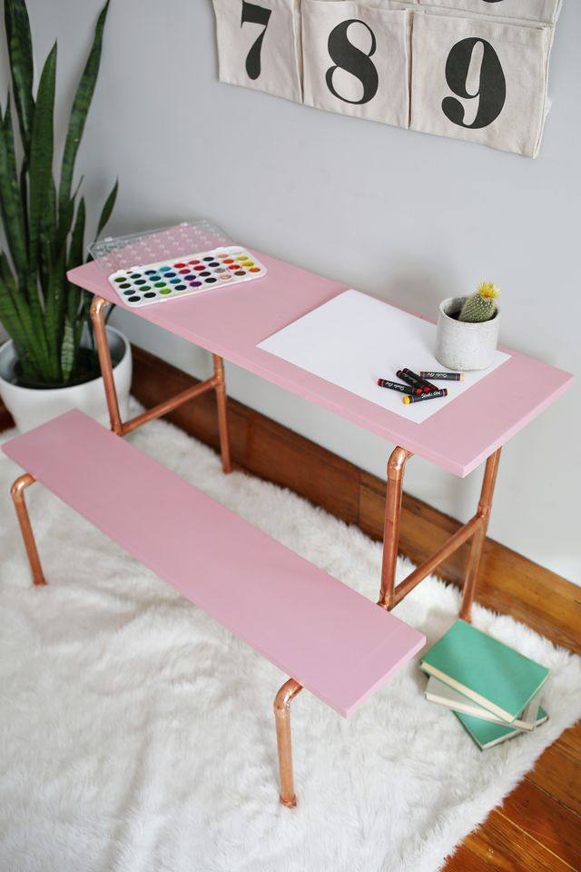 dk8 With these DIY desk ideas you can build your own desk