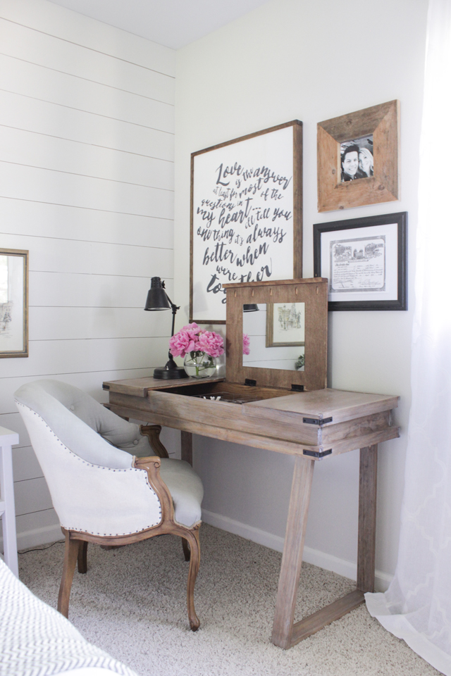 dk13 With these DIY desk ideas you can build your own desk