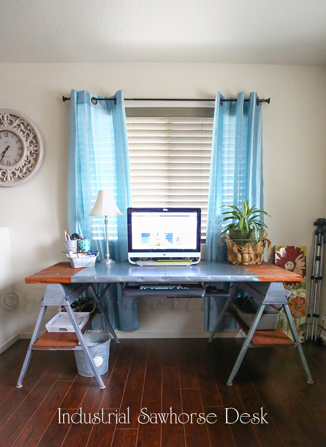 dk21 With these DIY desk ideas you can build your own desk
