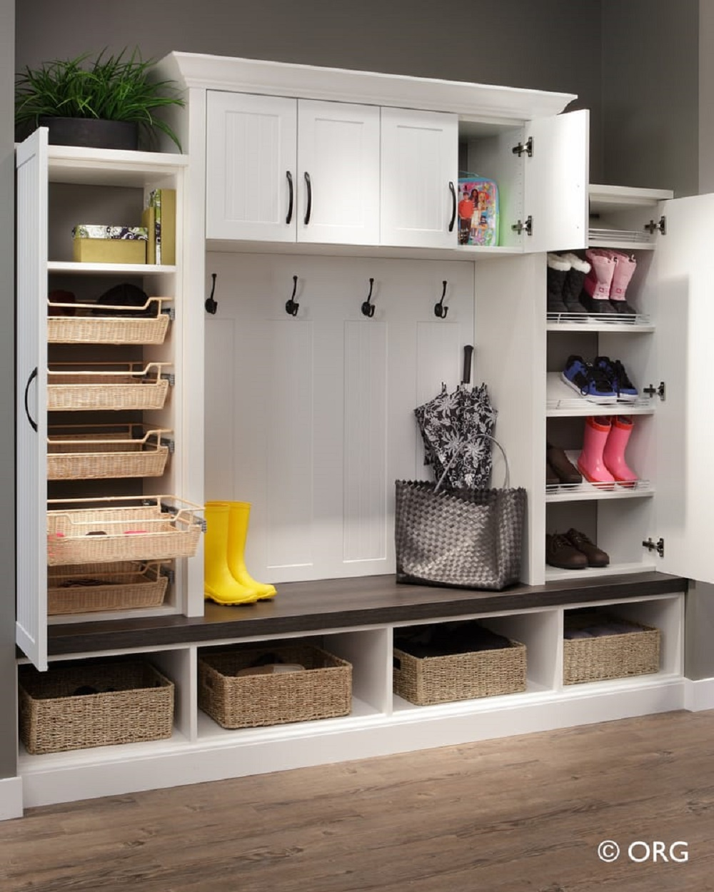 clo11 corner cabinet ideas with which you can maximize your space