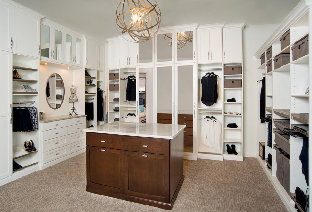 wc5 Cool ideas for walk-in closets that you should have in your home