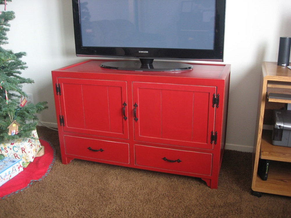 tv3 DIY TV Stand ideas and examples that you can put up in your home