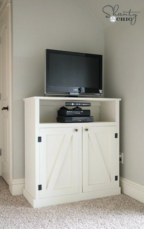 tv4 DIY TV stand ideas and examples that you can put up in your home