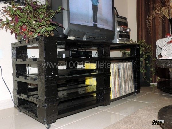 tv5 DIY TV stand ideas and examples that you can put up in your home