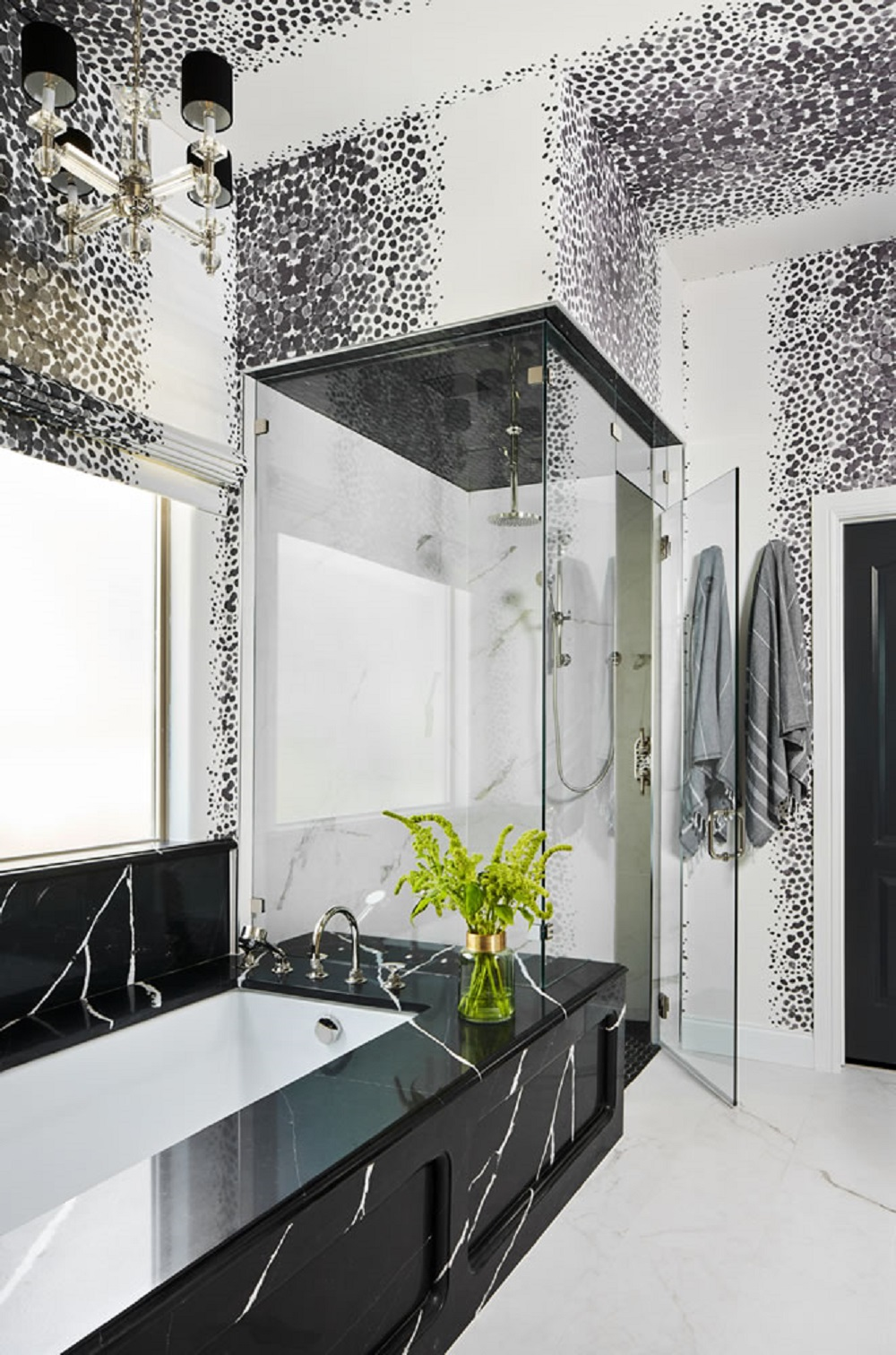 SPK2318 bathroom wallpaper ideas to try in your home