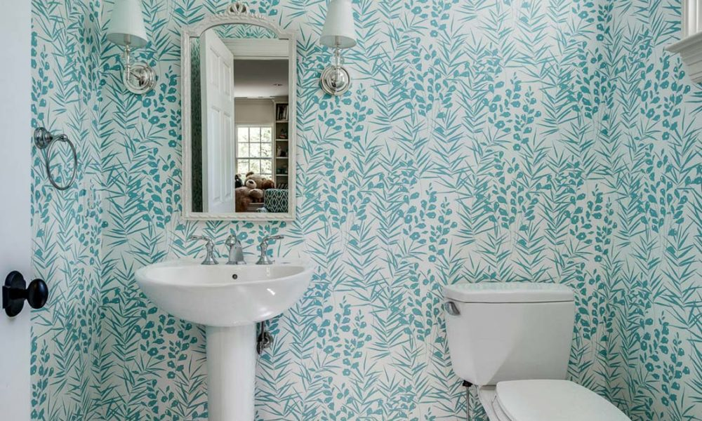 MC24-1000x600 bathroom wallpaper ideas that you can try in your home
