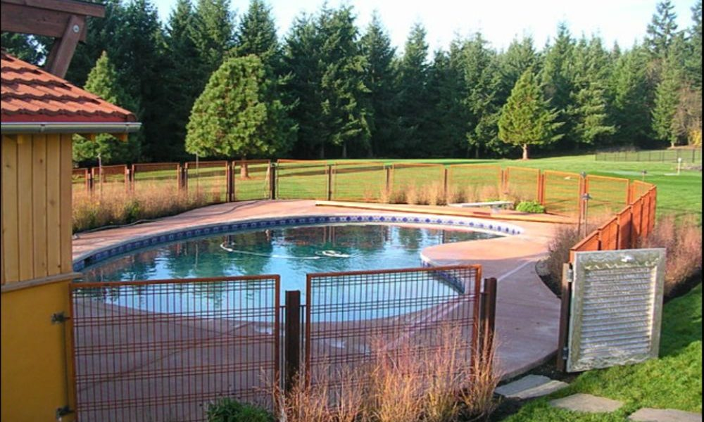 Landscape 1000x600 pool fence ideas to make the pool look fantastic