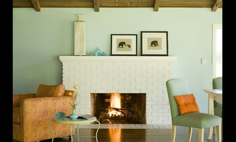log-1000x600 fireplace ideas made of white brick for your living room decor