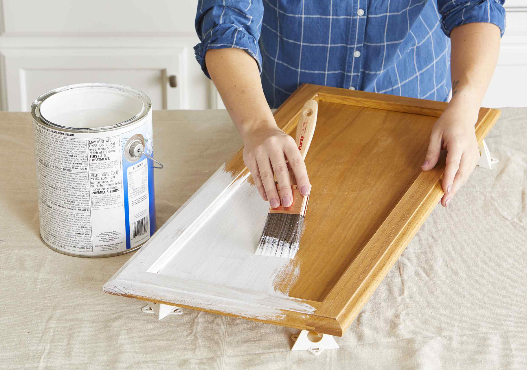 Primer repainting stained wood (How to do it properly)