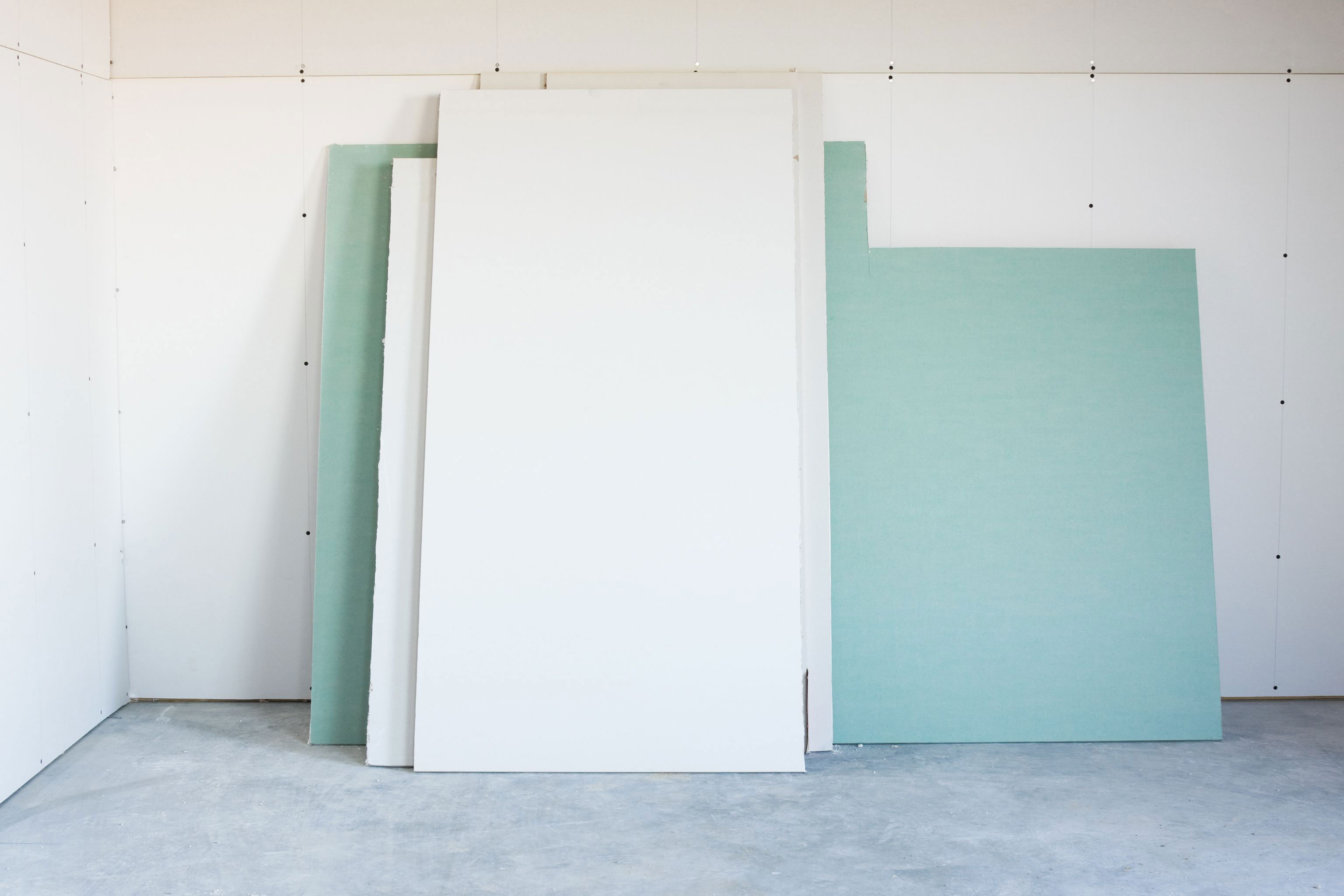 Moisture How thick is drywall?  Instructions for drywall size (length and height included)