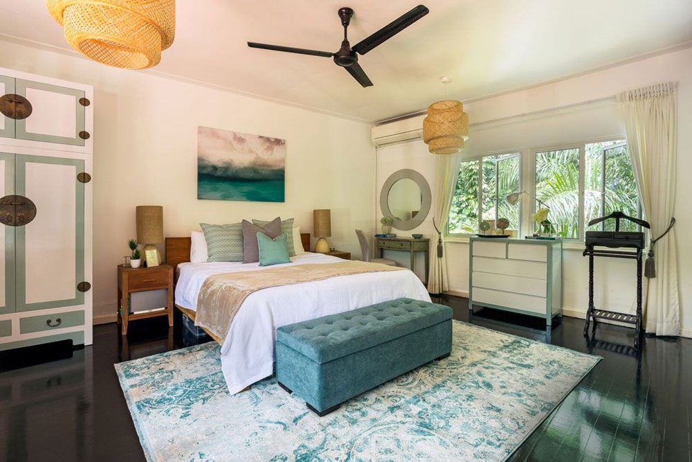 Ridout Road by Arete Culture The colors that go with teal?  Check out these color combinations