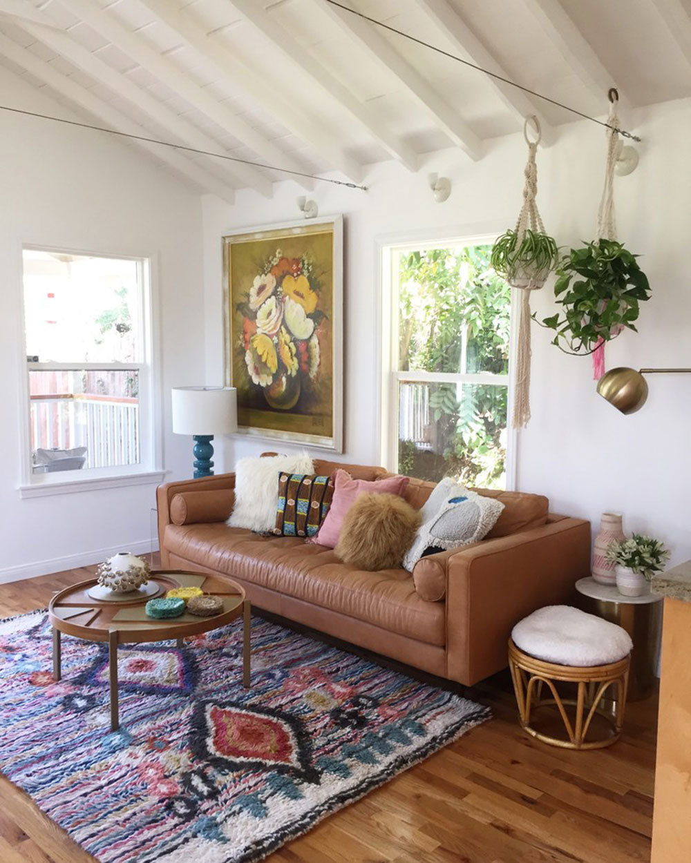 Lincoln-Heights-Bungalow-by-Boheme-Home-Staging How to decorate with minimalist furniture