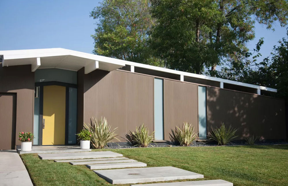 Eichler-house-with-yellow-door Yellow front door Ideas for a lively house entrance