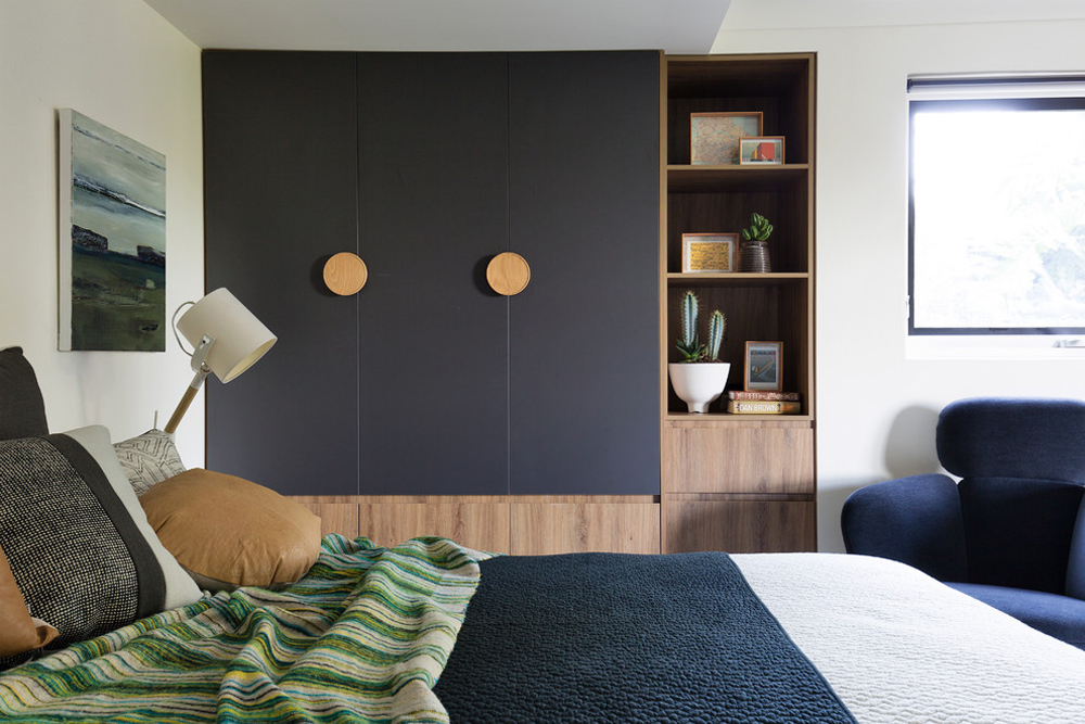 Storage ideas for bedrooms in Castlecrag-Residence-by-Woods-Warner for optimal optimization of your space