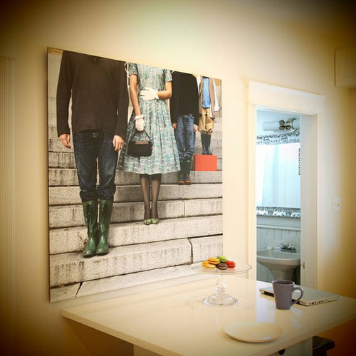 25 Stylish ways of displaying your family phot