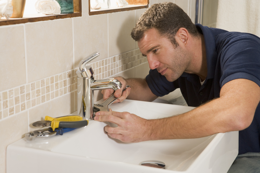 5 Essential Tips To Finding A Reliable   Plumber