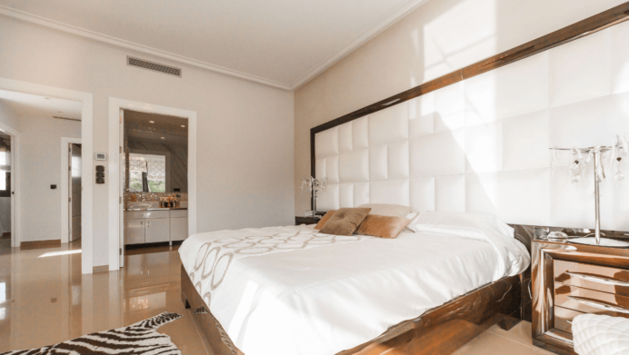 How to choose the perfect color for your bedroom | Amalia Home .