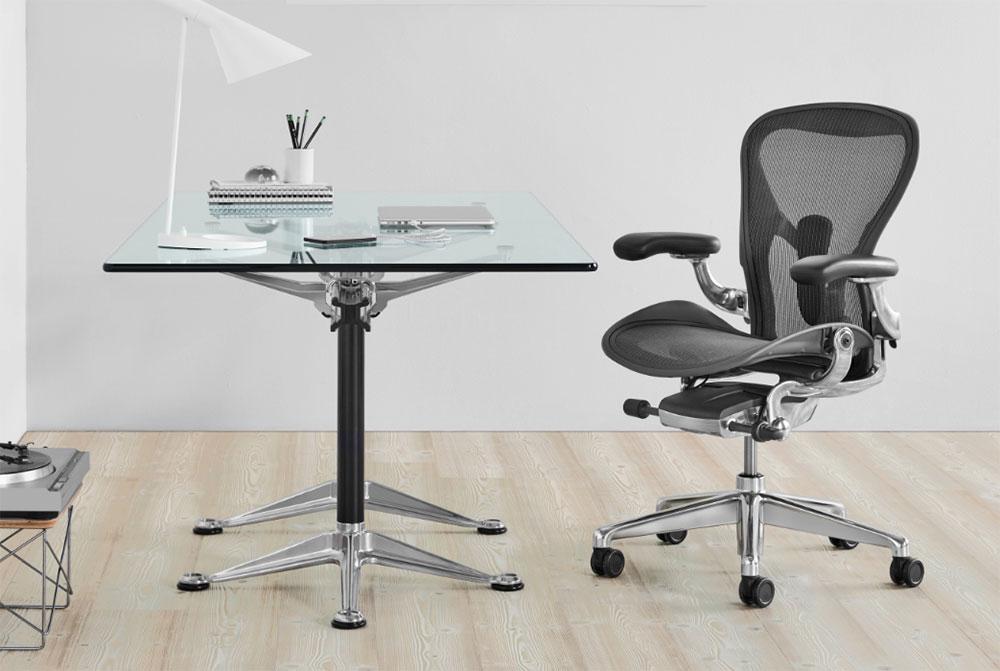5 reasons why the Herman Miller Aeron   Chair is so damn good