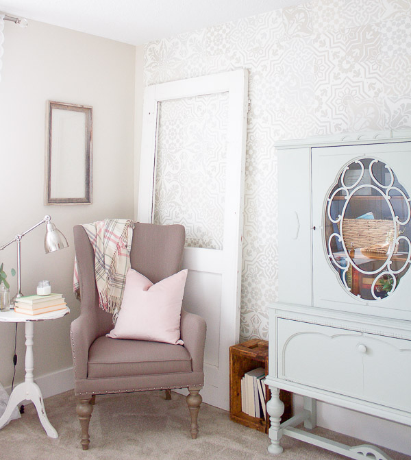 How to Create a Beautiful, Cozy and Relaxing Reading Space .