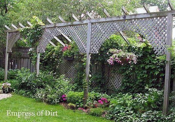 4 Stylishly Sneaky Ways to Add Privacy to Your Yard | Backyard .