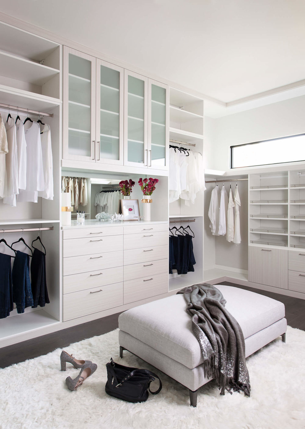 wc4 Cool ideas for walk-in closets that you should have in your home