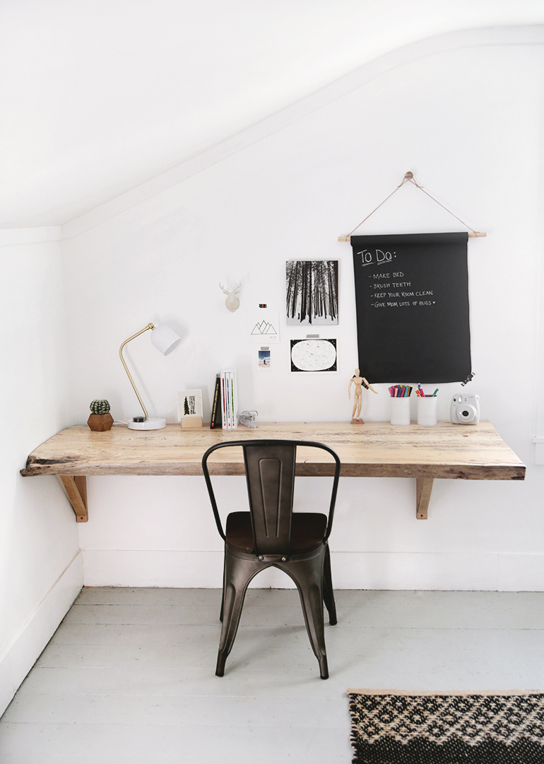 dk2 With these DIY desk ideas you can build your own desk