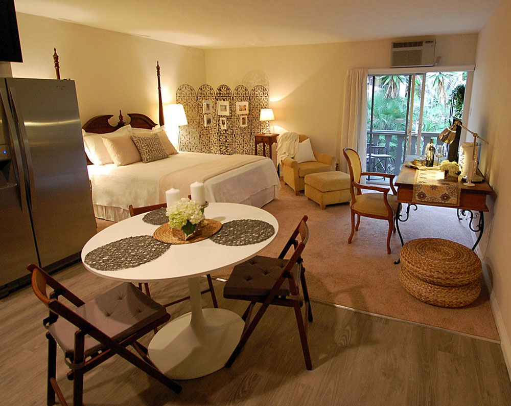 West-Hollywood-Studio-Apartment-by-Eliza-Engle-Interiors How to Pick the Best Studio Apartment Furniture for an Efficient Space