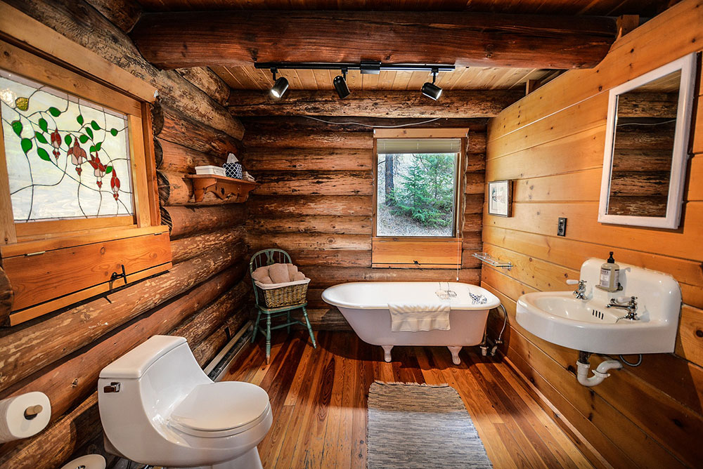 log-home-2225427_1920 How to prepare a relaxing bath on your bathtub