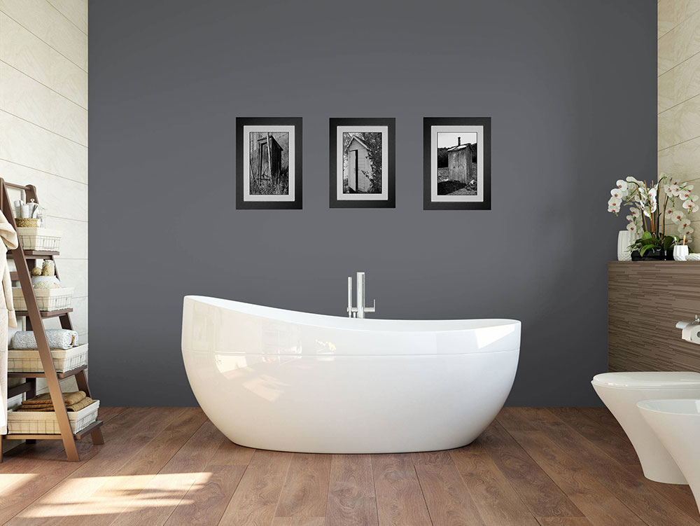 il_fullxfull.1251014741_7Two tips and ideas for choosing and displaying art in your bathroom