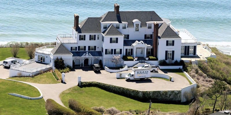 Amazing celebrity houses you must see