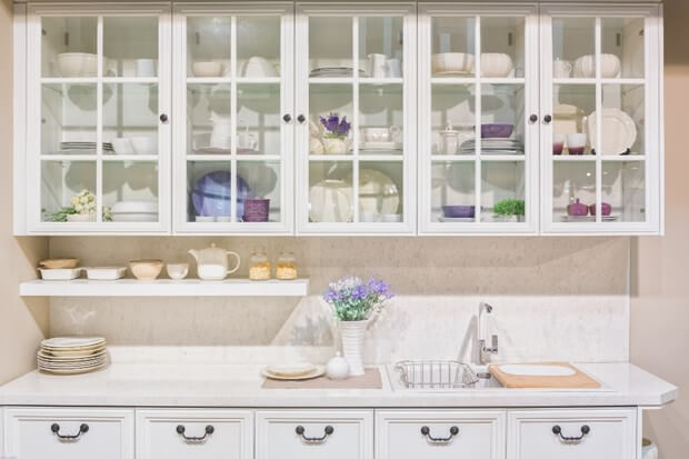 An Alternative To Wood: Glass Front Cabinets | Kitchen Cabine