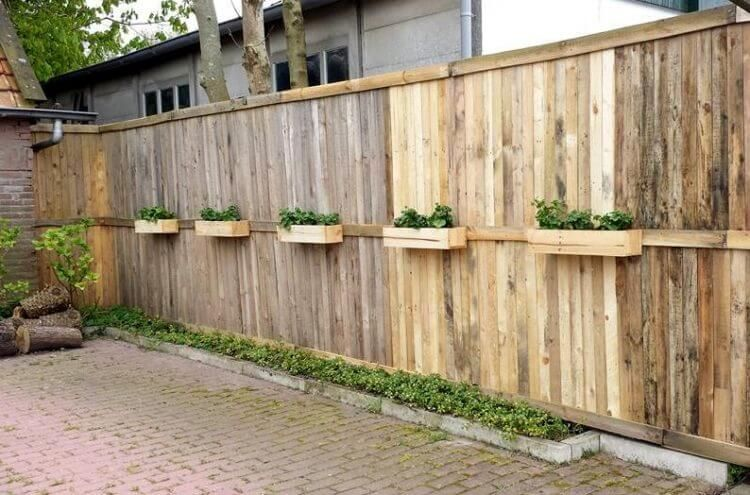 Yard pallet fence layouts could be as special as the individual .