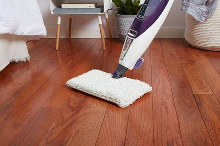 How to Steam Clean Hardwood Floori