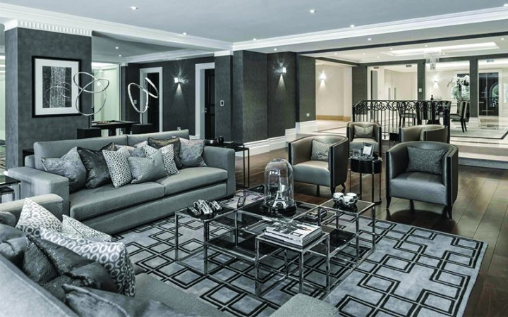 Difference between a luxury interior   designer and a normal interior designer