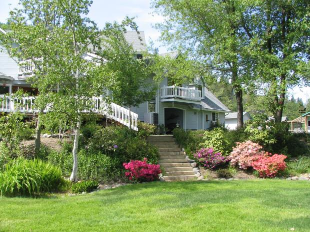 Does Landscaping Increase Your Homes Valu