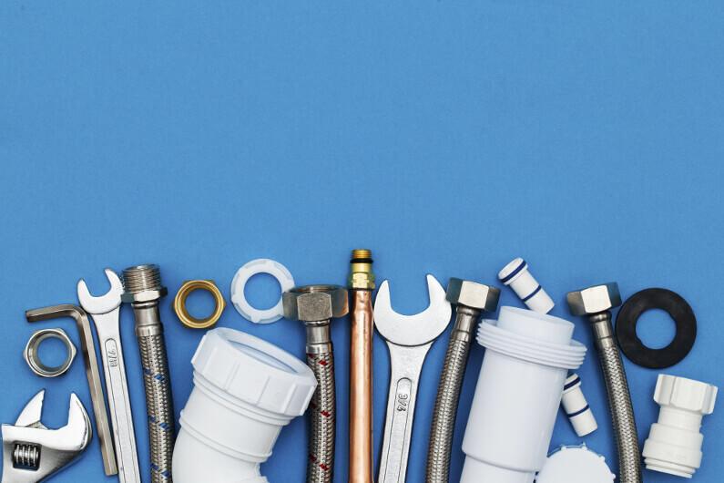 DIY Plumbing: 7 Essential Plumbing Tools Every Homeowner Should Ha
