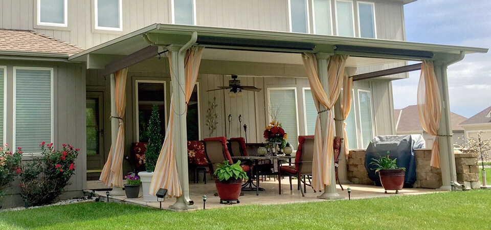 Patio Cover design ideas – what's best for your home? | Bragging Mom