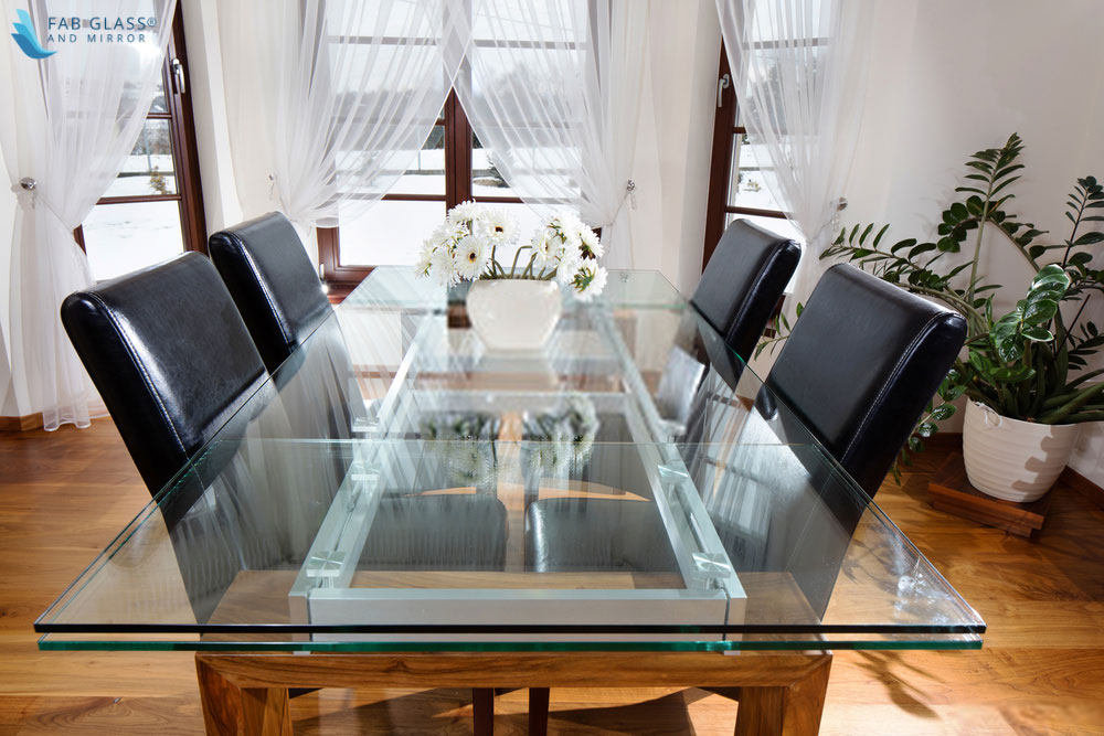 Things to keep in mind when you get a   custom-made professional glass table top