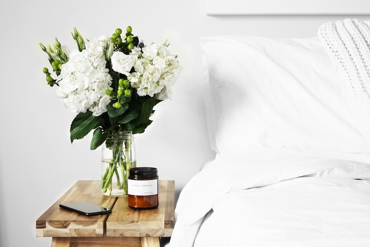 How to feng shui your bedroom for better sleep | Well+Go