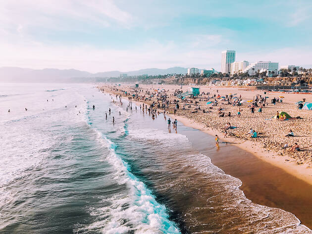 Things to Do in Santa Monica for Tourists and Loca