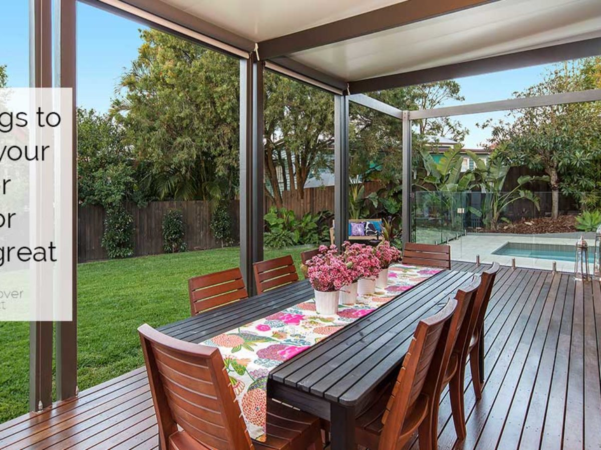 Here's what you need for the perfect   outdoor entertainment area