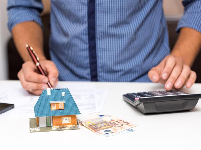 Professional Property Management vs. DIY Self-Managed | Denver, CO .