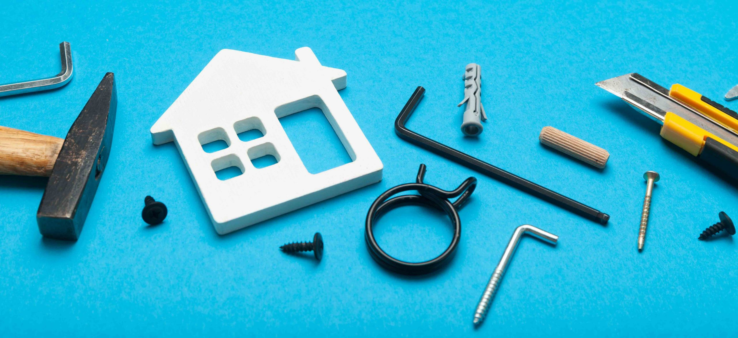 Hire a property manager or be a DIY   landlord – pros and cons