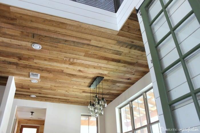 DIY Reclaimed Wood Ceiling (so cheap, so pretty) - Domestic .