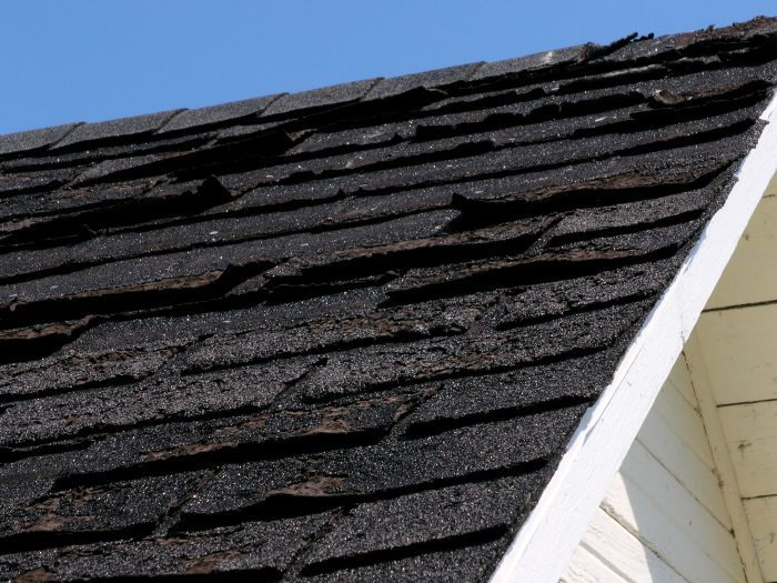 How long does a roof last and when do you   have to change it?