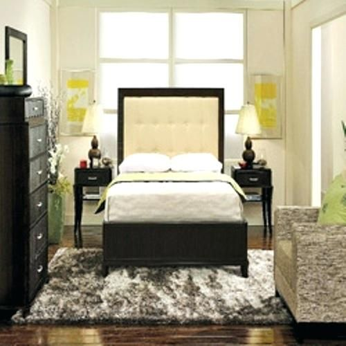 small room ideas with queen bed how to arrange a small bedroom .