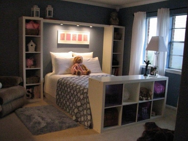 How to organize a small room with a queen bed sheet with HQ Linen .