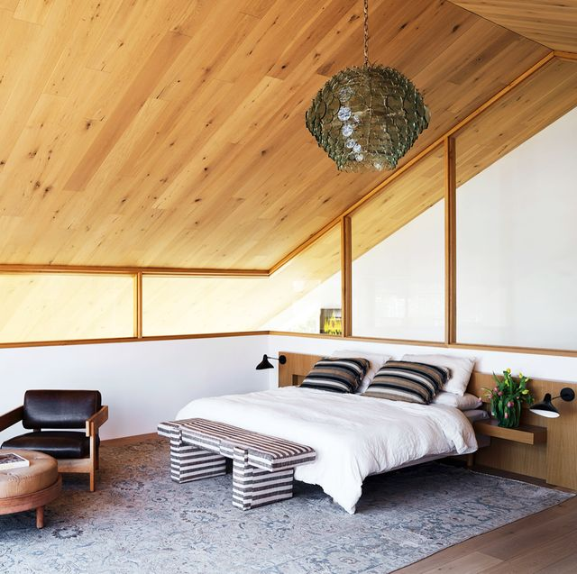 38 Minimalist Bedroom Ideas and Tips - Budget-Friendly Minimali