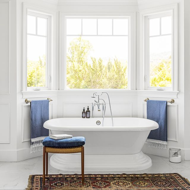 50 Bathroom Decorating Ideas - Pictures of Bathroom Decor and Desig