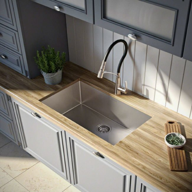 The 7 Best Kitchen Sink Materials for Your Renovation | Bob Vi